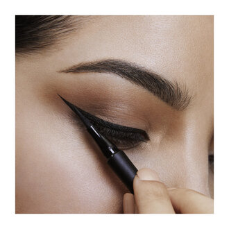 Maybelline Hyper Precise All Day Eyeliner - 700 Black-Siyah